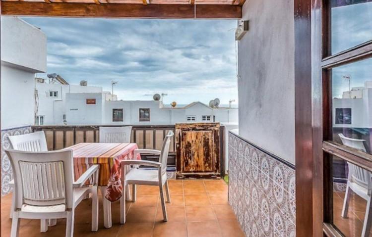 1 Bed  Flat / Apartment for Sale, Puerto Del Carmen, Lanzarote - LA-LA838s 2