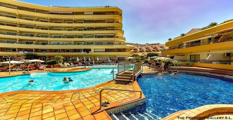 2 Bed  Flat / Apartment for Sale, San Eugenio, Tenerife - PG-C1840 1