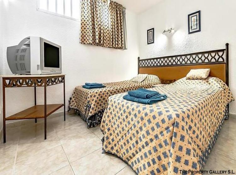 2 Bed  Flat / Apartment for Sale, San Eugenio, Tenerife - PG-C1840 7
