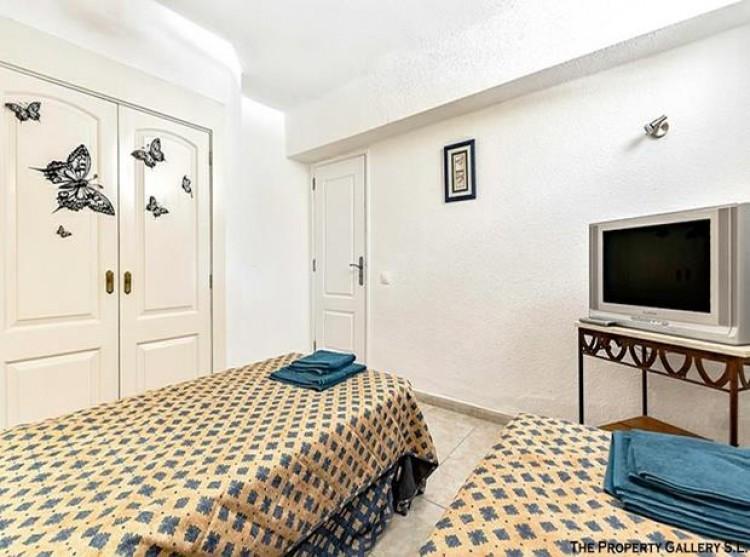 2 Bed  Flat / Apartment for Sale, San Eugenio, Tenerife - PG-C1840 8