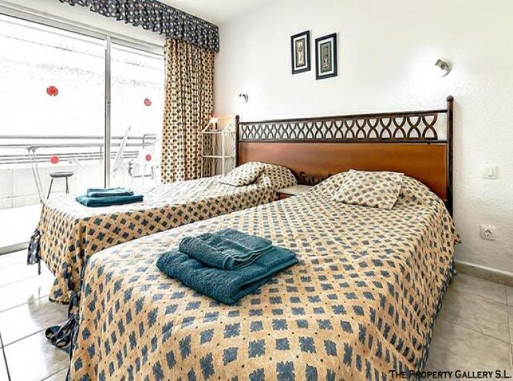 2 Bed  Flat / Apartment for Sale, San Eugenio, Tenerife - PG-C1840 9