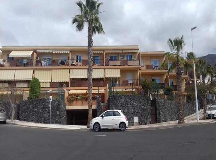 2 Bed  Flat / Apartment for Sale, Adeje, Tenerife - PG-C1842 4