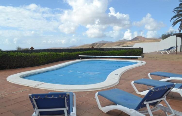4 Bed  Country House/Finca for Sale, Macher, Lanzarote - LA-LA842s 3