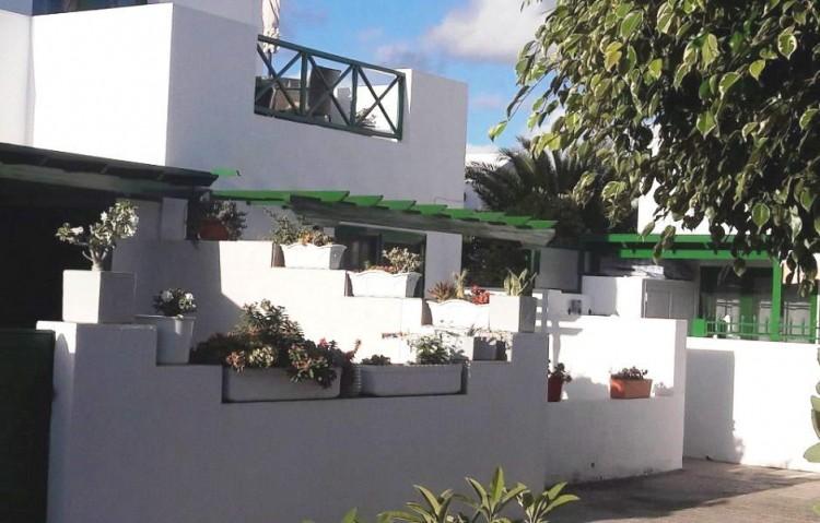 2 Bed  Flat / Apartment for Sale, Playa Blanca, Lanzarote - LA-LA841s 2