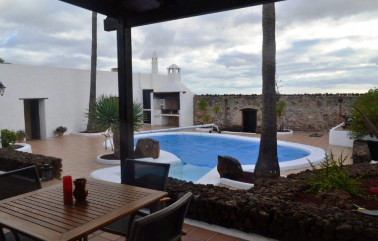3 Bed  Country House/Finca for Sale, Macher, Lanzarote - LA-LA840s 2