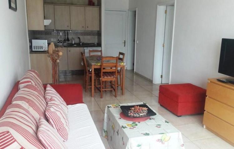 1 Bed  Flat / Apartment for Sale, Puerto Del Carmen, Lanzarote - LA-LA845s 3