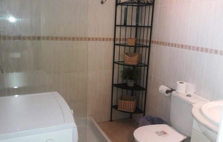 1 Bed  Flat / Apartment for Sale, Puerto Del Carmen, Lanzarote - LA-LA845s 5