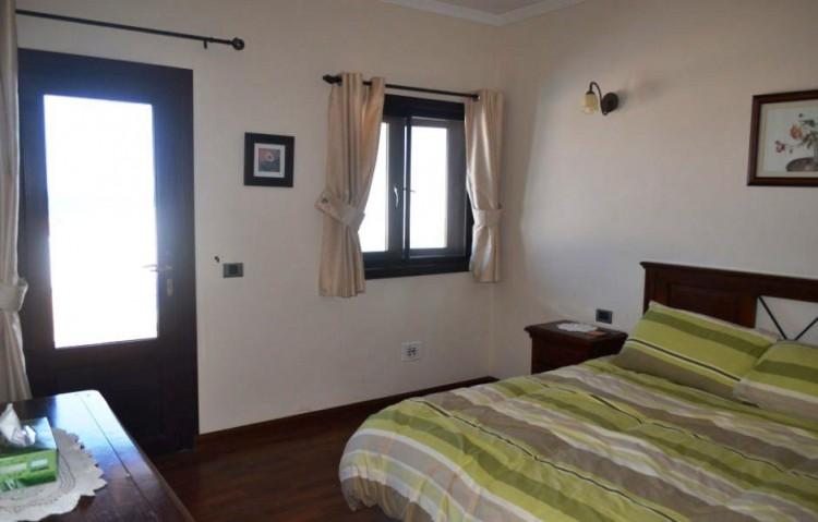 4 Bed  Villa/House for Sale, Playa Blanca, Lanzarote - LA-LA844s 5
