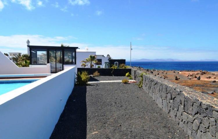 4 Bed  Villa/House for Sale, Playa Blanca, Lanzarote - LA-LA844s 7