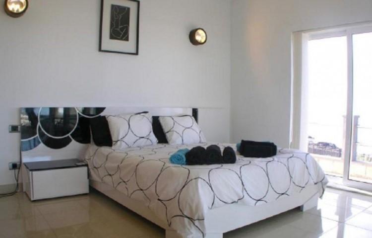 3 Bed  Villa/House for Sale, Playa Blanca, Lanzarote - LA-LA843s 8