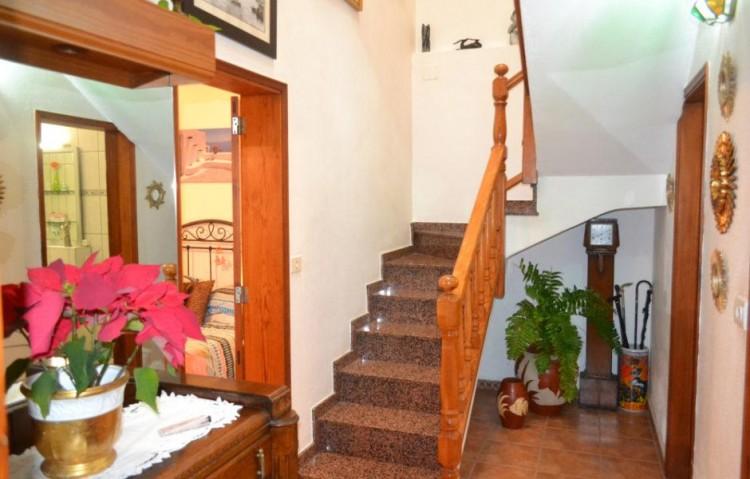 7 Bed  Villa/House for Sale, Puerto Del Carmen, Lanzarote - LA-LA848s 3