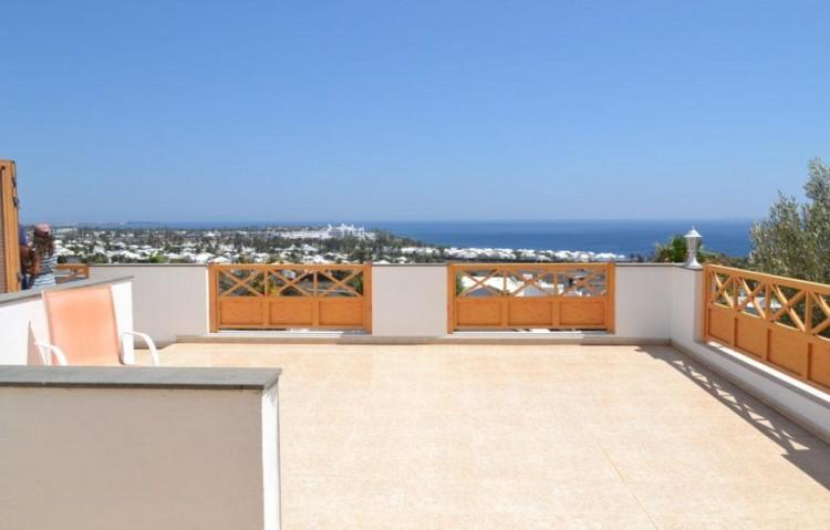 6 Bed  Villa/House for Sale, Playa Blanca, Lanzarote - LA-LA846s 10