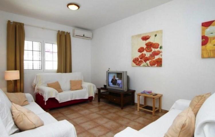 7 Bed  Villa/House for Sale, Puerto Del Carmen, Lanzarote - LA-LA847s 3