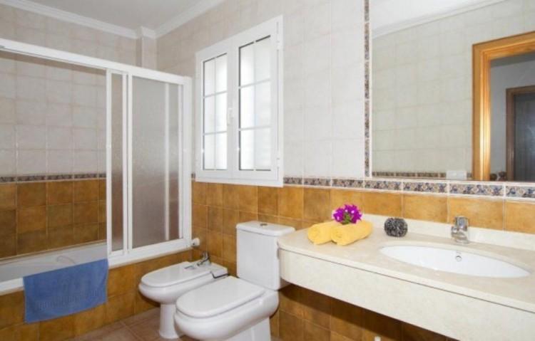 7 Bed  Villa/House for Sale, Puerto Del Carmen, Lanzarote - LA-LA847s 6