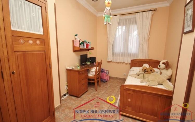 3 Bed  Flat / Apartment to Rent, El Tablero, Gran Canaria - NB-132 2