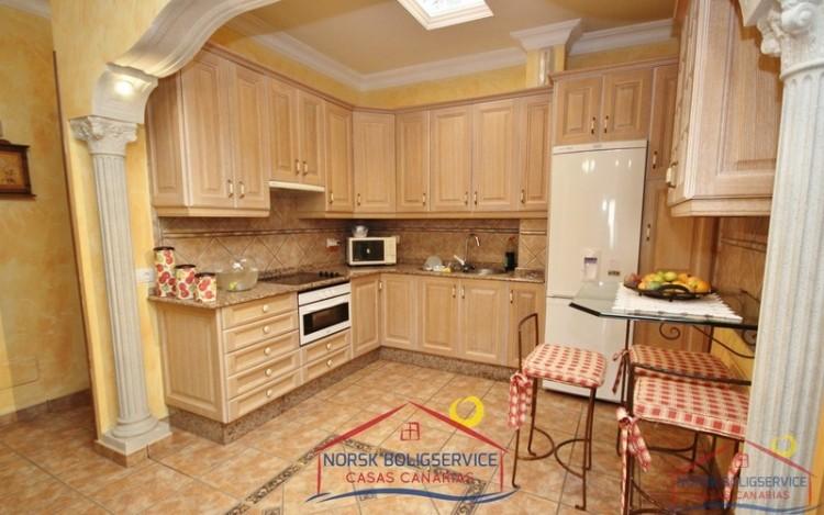3 Bed  Flat / Apartment to Rent, El Tablero, Gran Canaria - NB-132 4