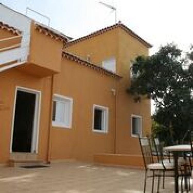 3 Bed  Villa/House for Sale, Guia De Isora, Tenerife - PG-D1762 1
