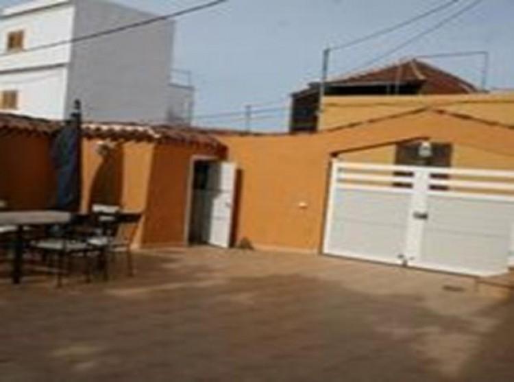 3 Bed  Villa/House for Sale, Guia De Isora, Tenerife - PG-D1762 8