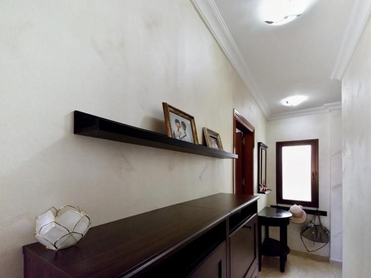 2 Bed  Flat / Apartment for Sale, Adeje, Santa Cruz De Tenerife, Tenerife - IN-295 10