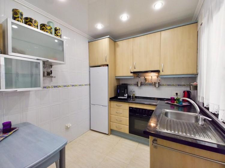 2 Bed  Flat / Apartment for Sale, Adeje, Santa Cruz De Tenerife, Tenerife - IN-295 11