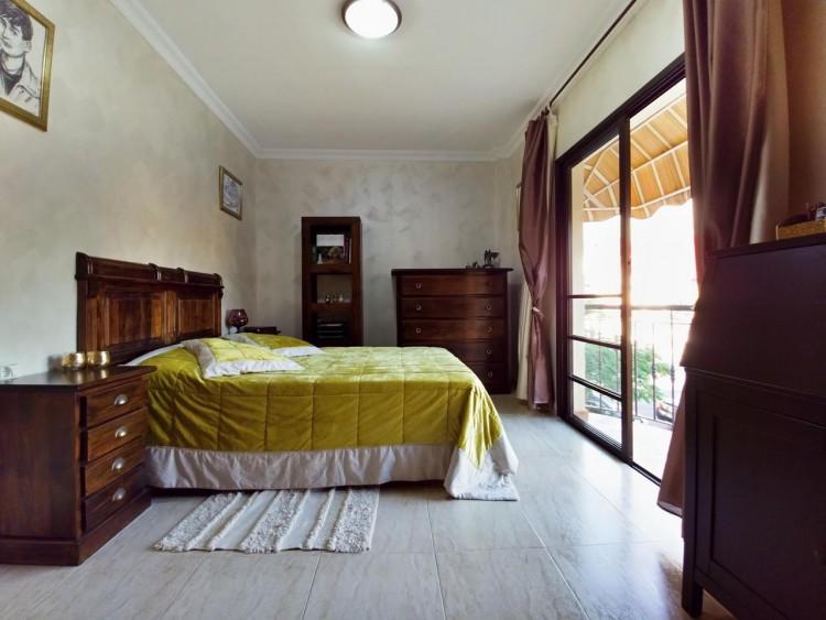 2 Bed  Flat / Apartment for Sale, Adeje, Santa Cruz De Tenerife, Tenerife - IN-295 13