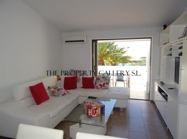 2 Bed  Villa/House for Sale, San Eugenio, Tenerife - PG-C1846 7