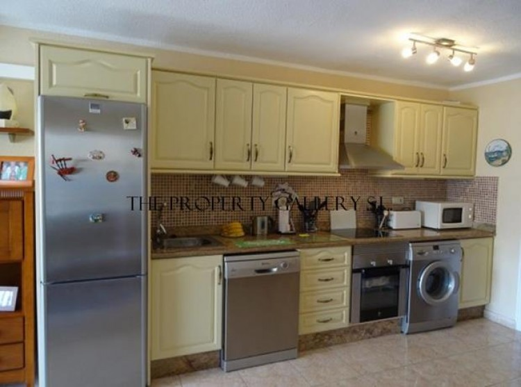 1 Bed  Flat / Apartment for Sale, San Eugenio, Tenerife - PG-B1707 2
