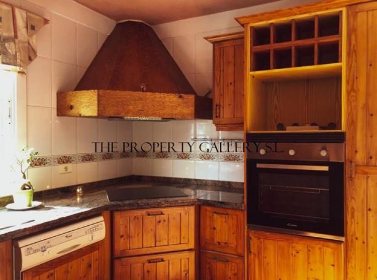 3 Bed  Villa/House for Sale, Adeje, Tenerife - PG-D1777 5