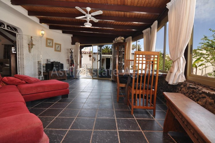 4 Bed  Villa/House for Sale, El Varadero, Guia De Isora, Tenerife - AZ-1322 15