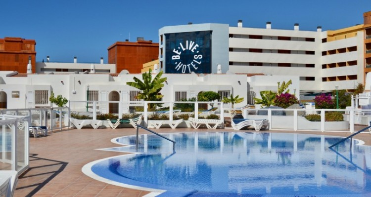 2 Bed  Flat / Apartment for Sale, San Eugenio, Torviscas Playa, Tenerife - TP-7595 11
