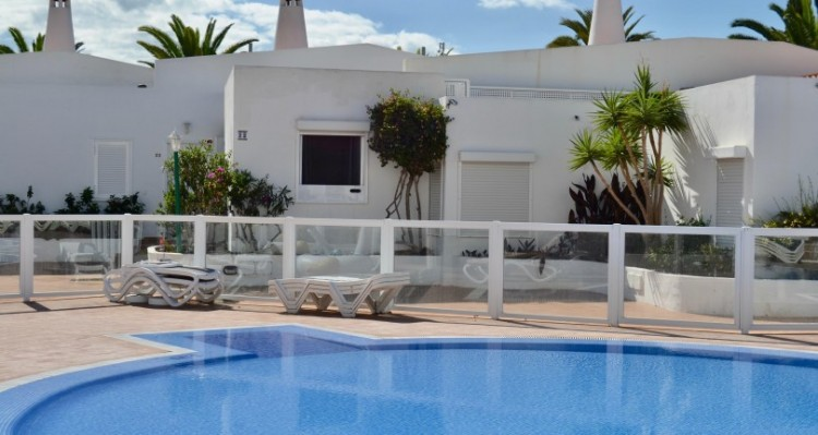 2 Bed  Flat / Apartment for Sale, San Eugenio, Torviscas Playa, Tenerife - TP-7595 12