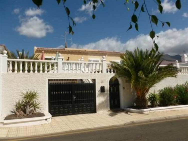 6 Bed  Villa/House for Sale, Callao Salvaje, Tenerife - CS-88 1