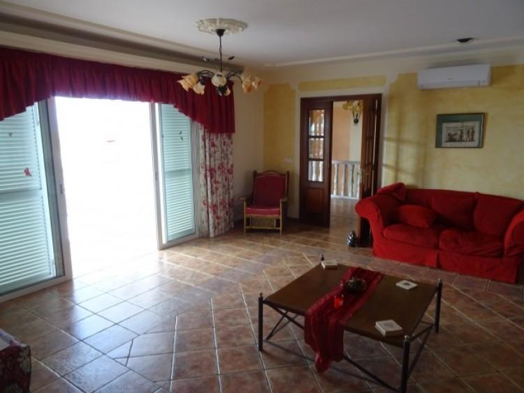 3 Bed  Villa/House for Sale, Callao Salvaje, Tenerife - CS-28 7