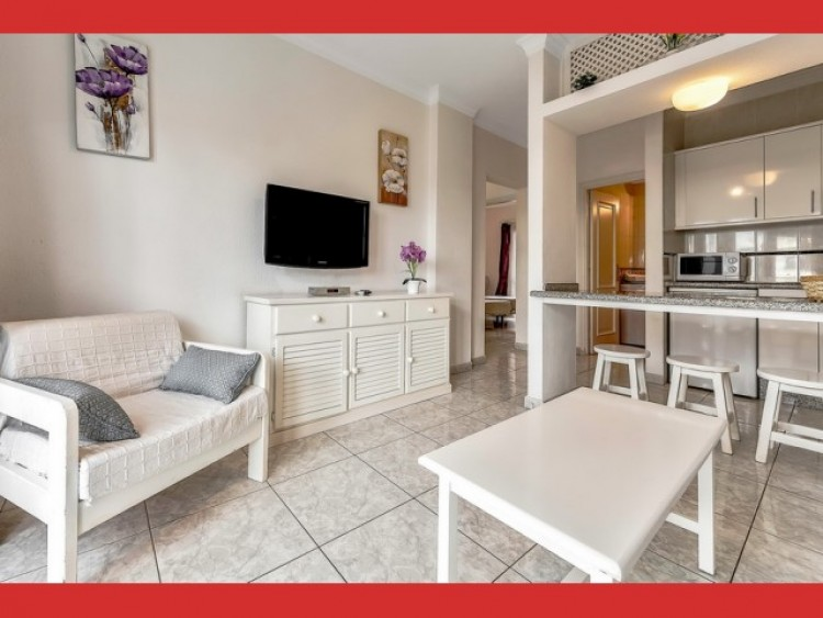 1 Bed  Flat / Apartment for Sale, Playa Fañabé, Tenerife - CS-24 2