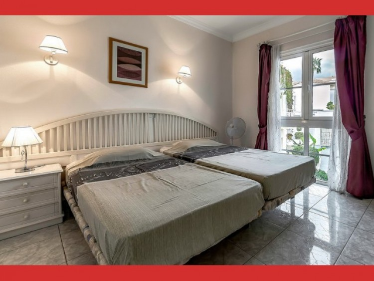 1 Bed  Flat / Apartment for Sale, Playa Fañabé, Tenerife - CS-24 5
