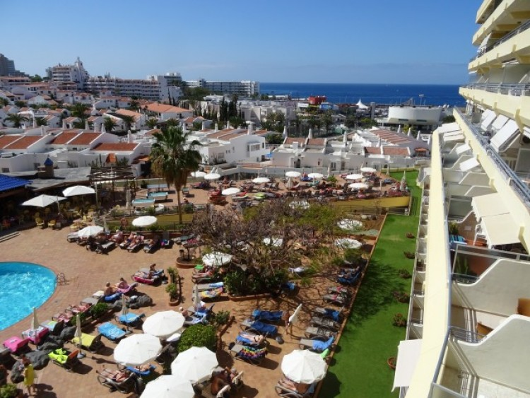1 Bed  Flat / Apartment for Sale, Playa de las Américas, Tenerife - CS-02 1