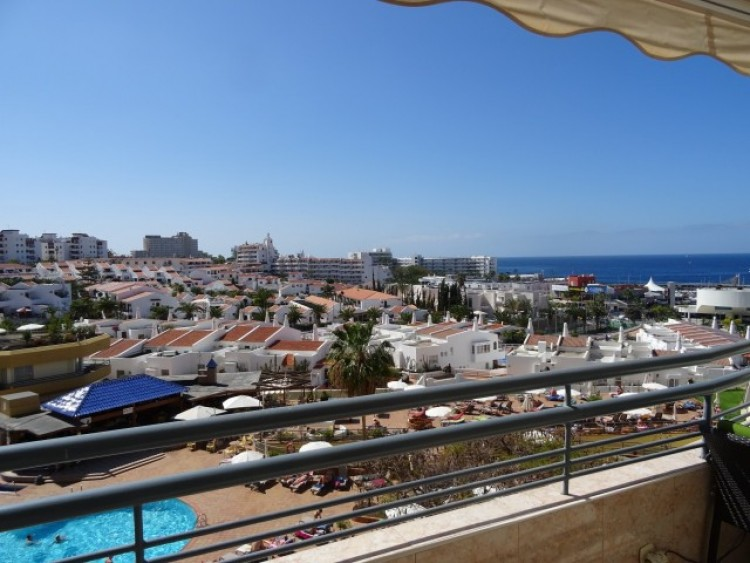 1 Bed  Flat / Apartment for Sale, Playa de las Américas, Tenerife - CS-02 13