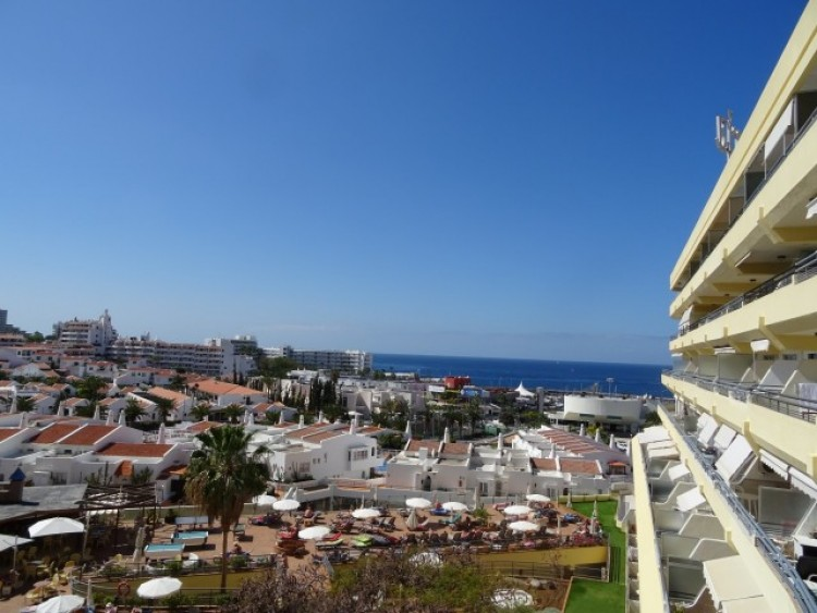 1 Bed  Flat / Apartment for Sale, Playa de las Américas, Tenerife - CS-02 15