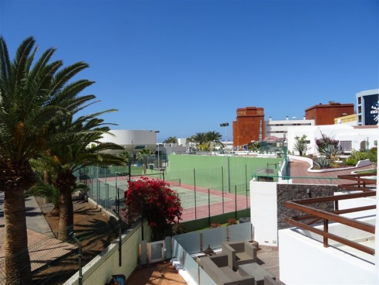 2 Bed  Villa/House for Sale, Playa de las Américas, Tenerife - CS-15 11