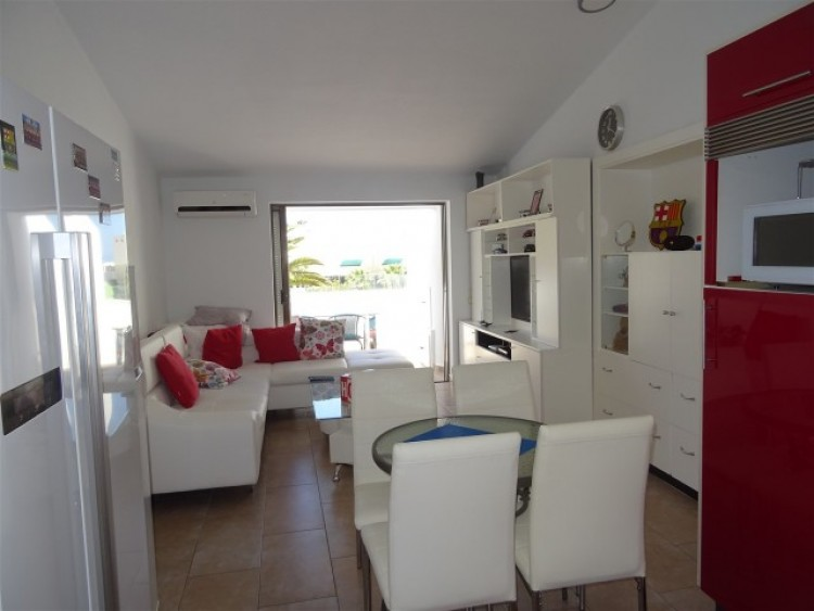 2 Bed  Villa/House for Sale, Playa de las Américas, Tenerife - CS-15 4