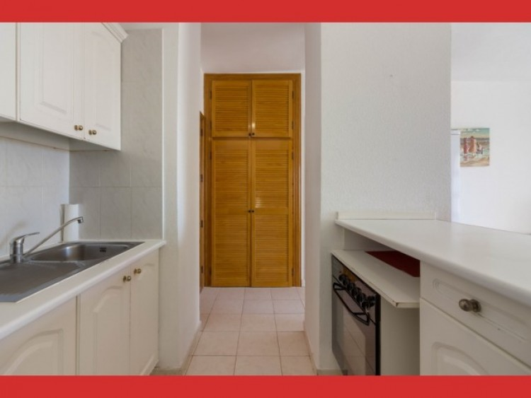 1 Bed  Flat / Apartment for Sale, Playa Paraiso, Tenerife - CS-19 6
