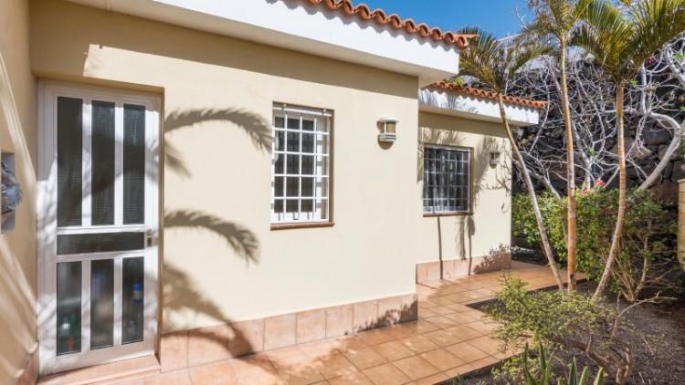 2 Bed  Villa/House for Sale, Puerto de Santiago, Tenerife - YL-PW91 12