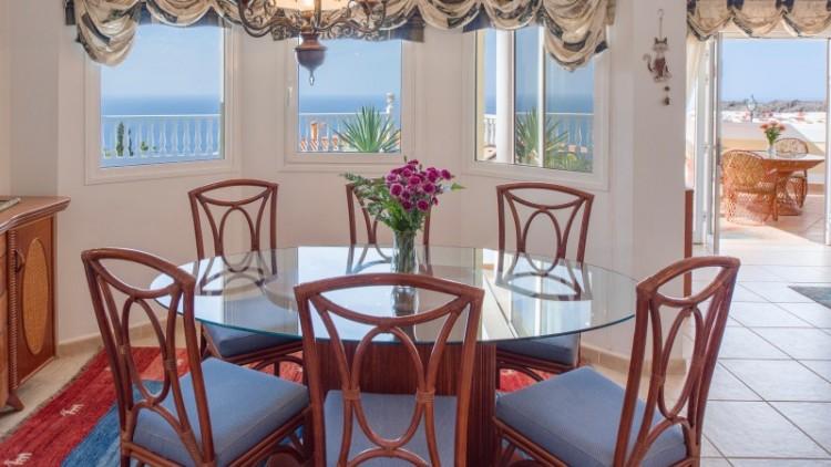 2 Bed  Villa/House for Sale, Puerto de Santiago, Tenerife - YL-PW91 19
