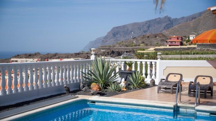 2 Bed  Villa/House for Sale, Puerto de Santiago, Tenerife - YL-PW91 5