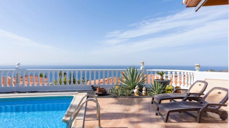 2 Bed  Villa/House for Sale, Puerto de Santiago, Tenerife - YL-PW91 6