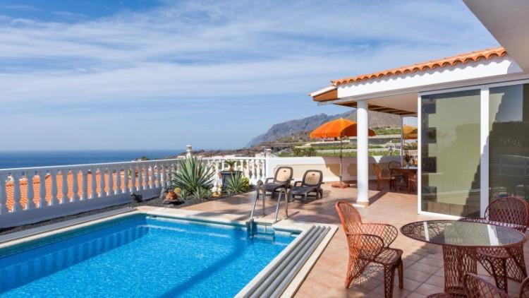 2 Bed  Villa/House for Sale, Puerto de Santiago, Tenerife - YL-PW91 7