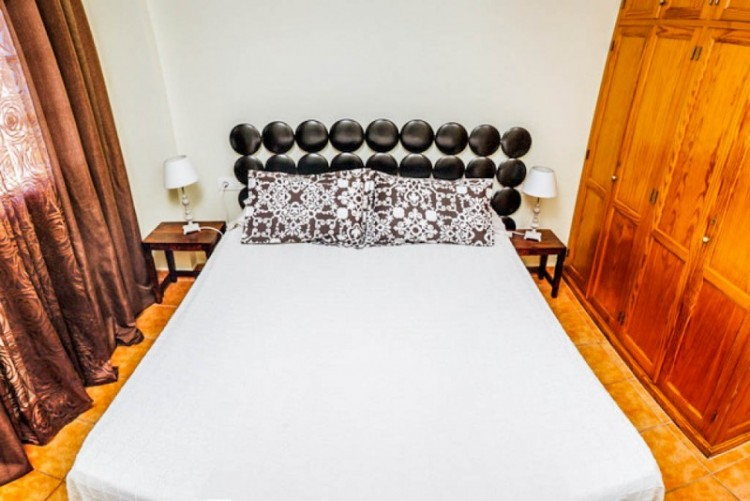 2 Bed  Flat / Apartment for Sale, El Varadero, Tenerife - YL-PW72 16