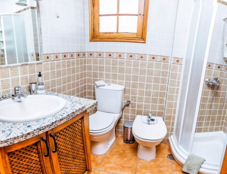 2 Bed  Flat / Apartment for Sale, El Varadero, Tenerife - YL-PW72 18