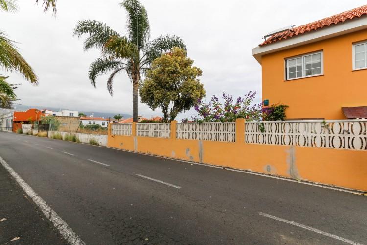 2 Bed  Villa/House for Sale, Puerto de la Cruz, Tenerife - YL-PW51 16