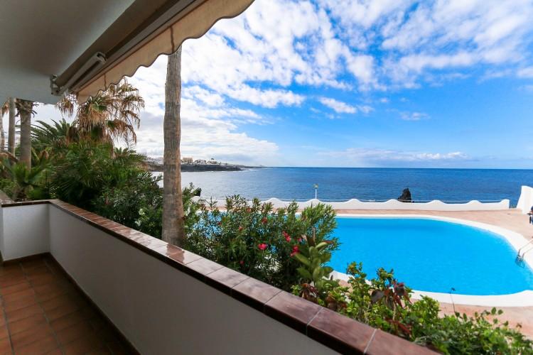 5 Bed  Villa/House for Sale, Puerto de Santiago, Tenerife - YL-PW42 1